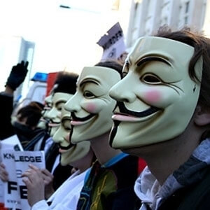 anonymous_hacker_grubu_guy_fawkes_maskesi
